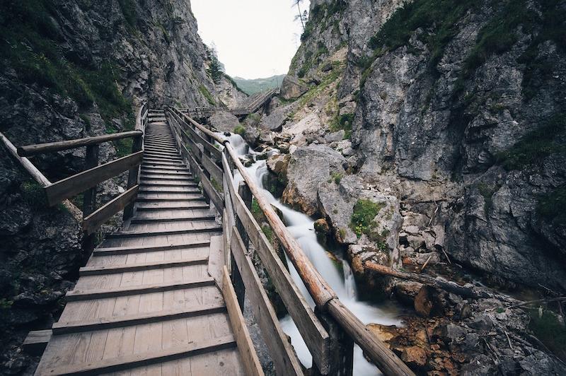 stairway-1149473_1280
