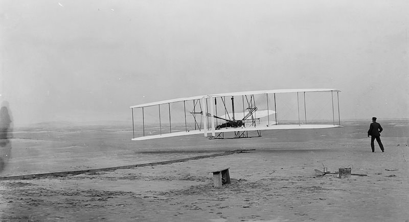 wright-brothers-1386238_1280